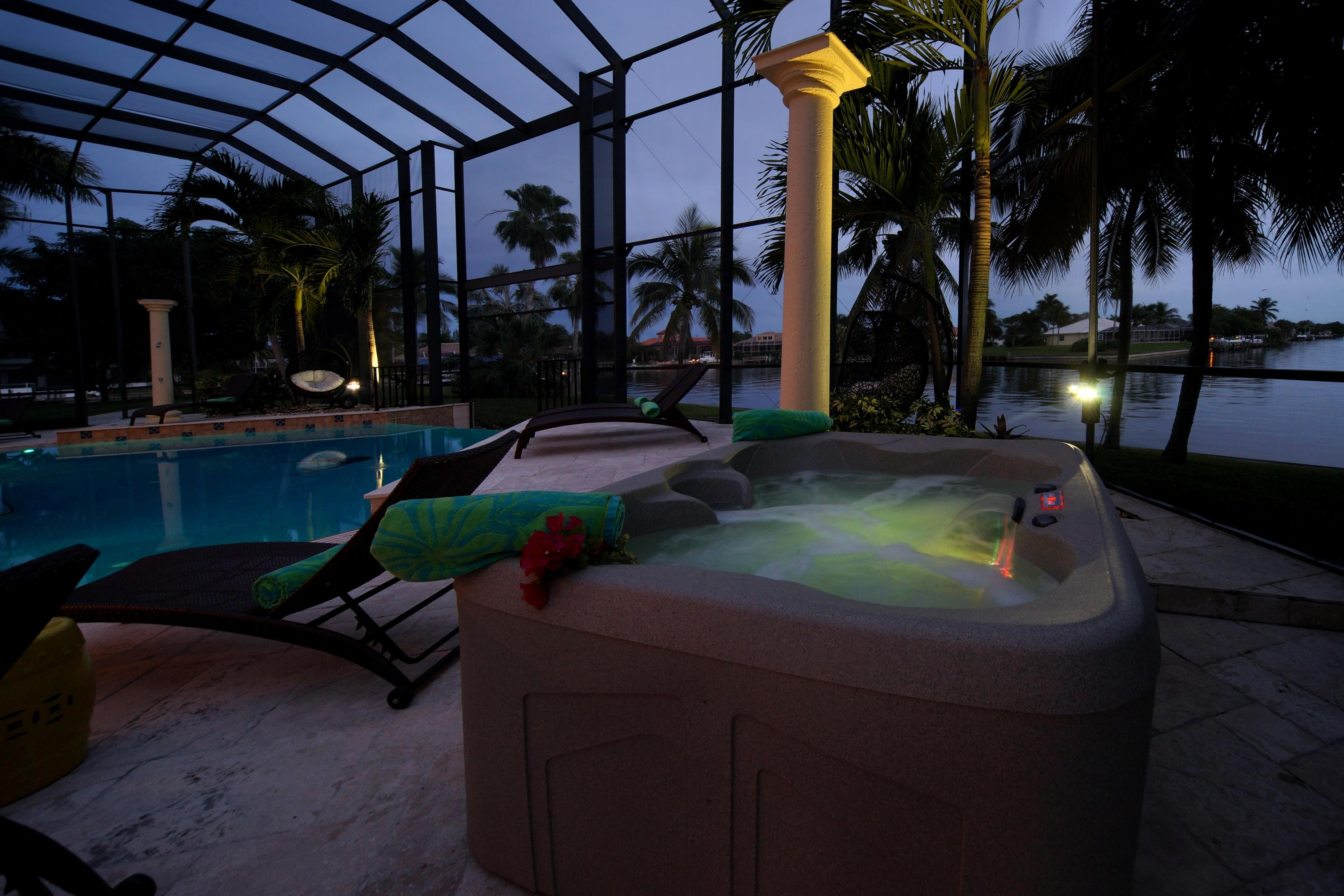 night-pool-spa.jpg